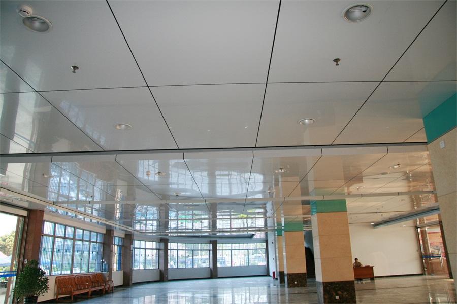 肇庆市交通集团幕墙及装饰工程2.jpg